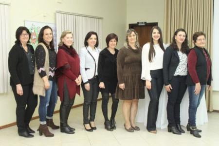 Prefeitos do G10 reunidos em Coqueiro Baixo