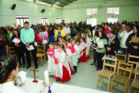 Festa integra estudantes e suas famílias